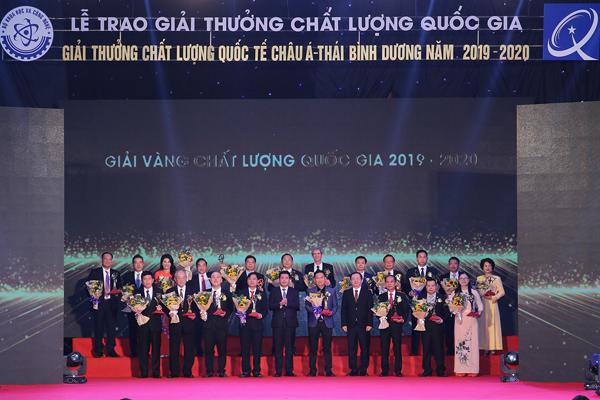 Tổng Công ty Tín Nghĩa vinh dự nhận Giải Vàng Chất lượng Quốc gia Việt Nam năm 2020